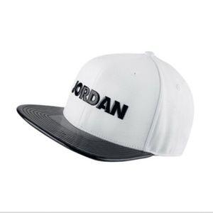 Nike Jordan Pro Air Jordan 11 Concord white Hat